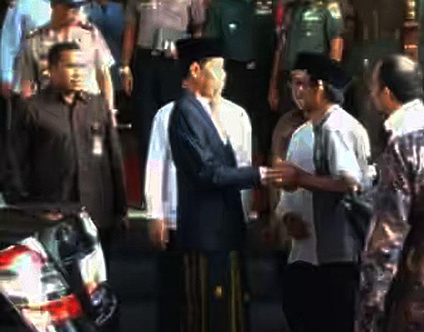 Mang Bubun sudah bertemu langsung Presiden Jokowi, mengadukan konflik yang menimpanya dan rekan-rekannya yang lain