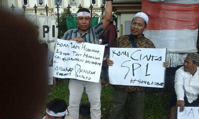 Aksi petani SPI Jambi Mendesak Pembebasan Azhari (05 April 2018).