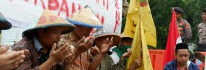 SPI Kendal aksi di Istana Presiden Jakarta